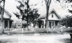 family_outside_victorian_cottage__caroll_shepard__32_115-2261-800-600-80-wm-center_bottom-50-watermarkphotos2png