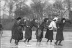 girls_on_skates__1918-_candee__19146-2023-800-600-80-wm-center_bottom-50-watermarkphotos2png