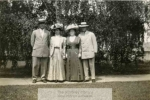 mss132_1_c_photograph_in_journal_letter_of_annabel_hubbard_phelps__july_25__19091-911-800-600-80-wm-center_bottom-50-watermark2png