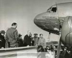 mss253-1-a-mayor-john-murphy-first-american-airlines-flight-into-new-haven-19411-1649-800-600-80-wm-center_bottom-50-watermark2png