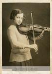 mss78_3_f_violin_student1-607-800-600-80-wm-center_bottom-50-watermark2png