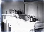 nurse_with_female_patient__hospital_22_267-2132-800-600-80-wm-center_bottom-50-watermarkphotos2png