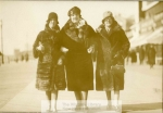 mss270-5-e-three-women-kelly-family-photographs1-1728-800-600-80-wm-center_bottom-50-watermark2png