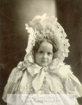 mss303-1-h-young-girl-with-bonnet-possibly-minor-family-1900-800-600-80-wm-center_bottom-50-watermark2png