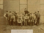 mssb5_24_f_scranton_company_workers1-1069-800-600-80-wm-center_bottom-50-watermark2png